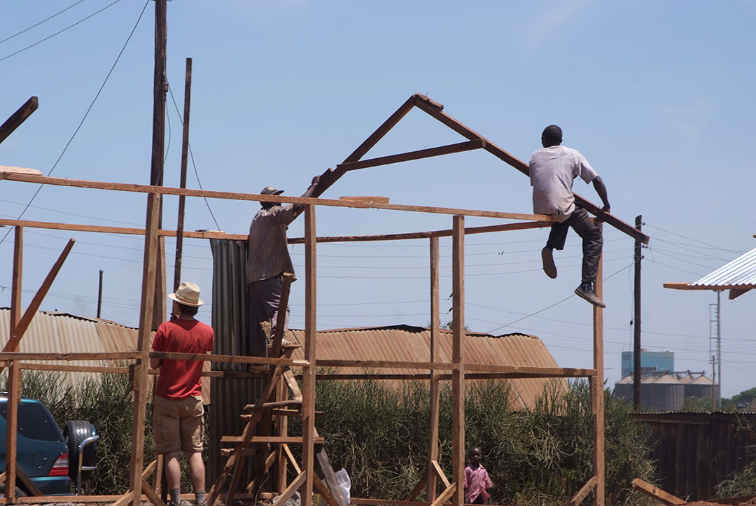 2011 Kenya : No ladders needed