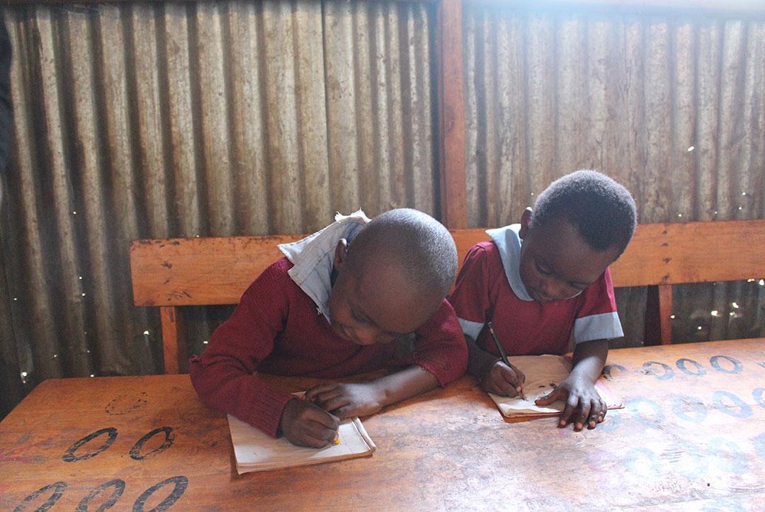Kenya 2015 : Working hard!